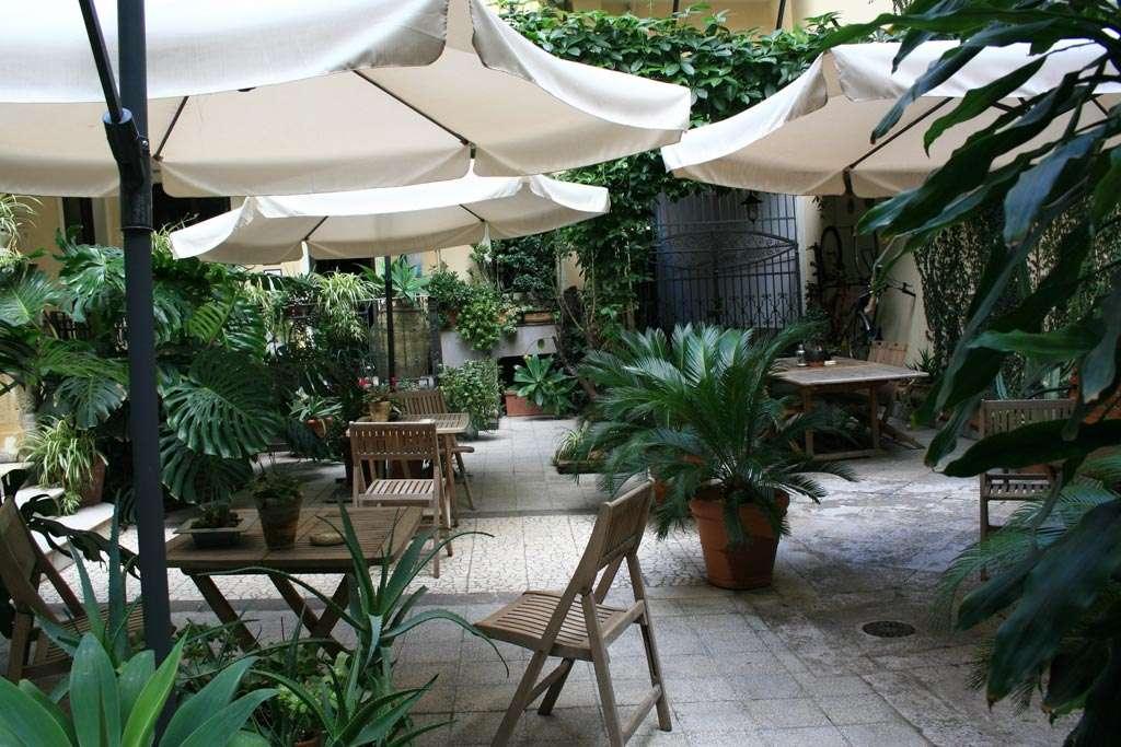 bed & breakfast catania - giardino interno